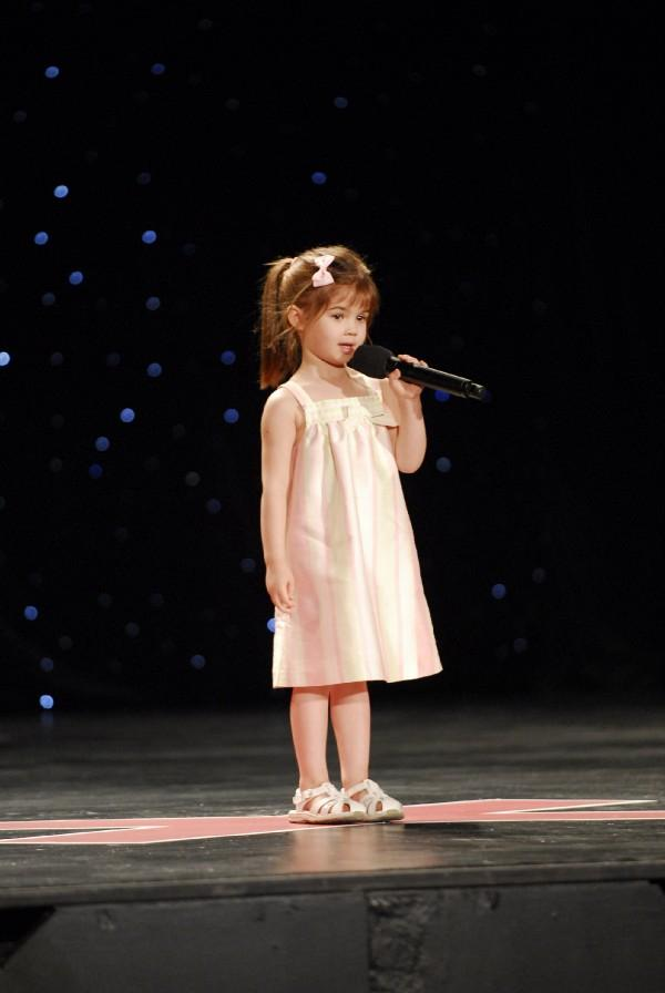 Kaitlyn Maher Singing