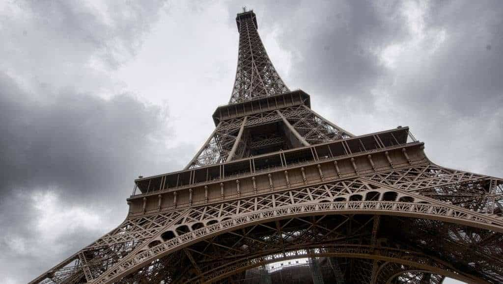 French are rude? Beautiful Eiffel Tower